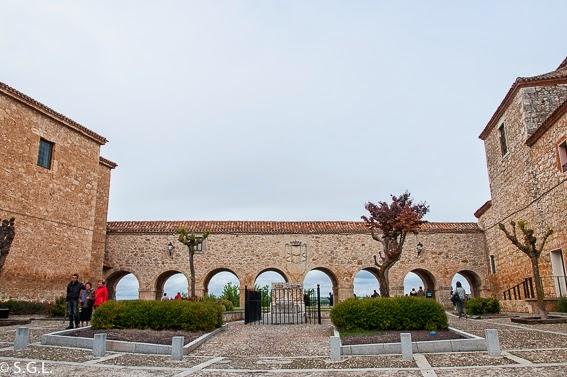 Plaza de Santa Clara de Lerma Visitando Lerma