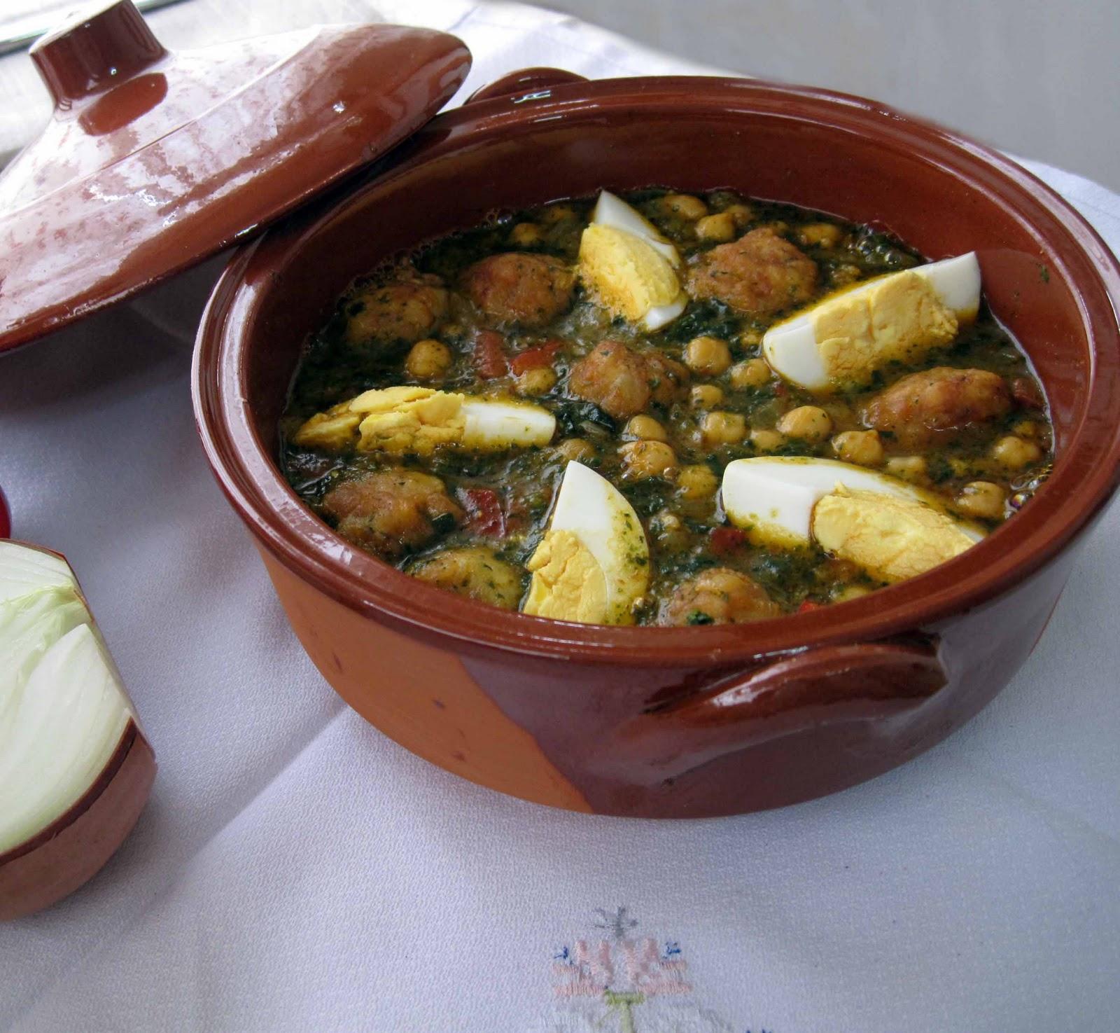 Mis recetas de cocina potaje de garbanzos con espinacas y - Potaje con bacalao y espinacas ...