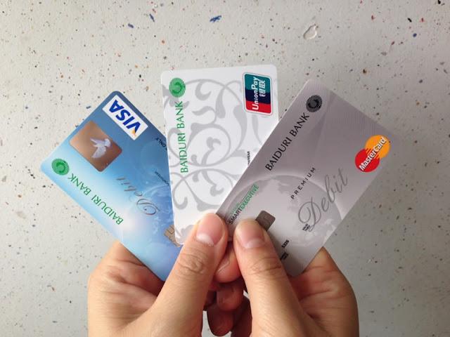 ثلاث بطاقات ستفعل حسابك البايبال كليا اسرع للتوصل بها حتى باب منزلك