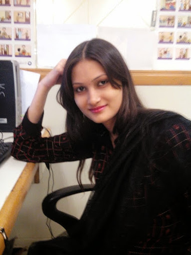 Indian-Desi-teen-girls-at-office-work