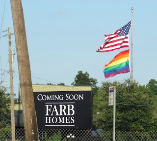 Farb Homes coming soon to Montrose at Fairview / Hyde Park Blvd (sign)