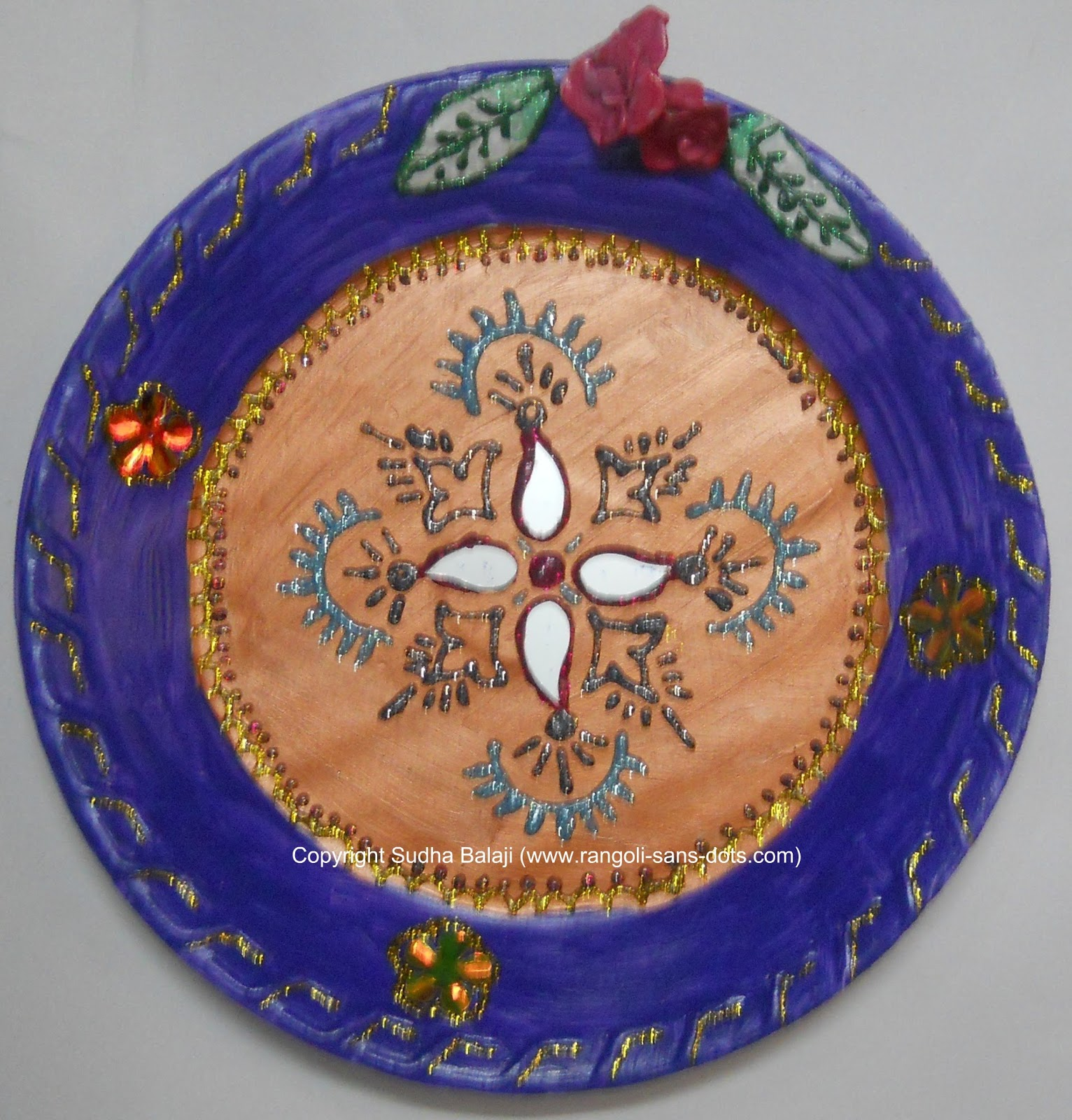 Plate art decoration ideas thermocol paper plate for Aarti thali decoration with kundan
