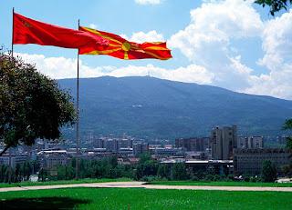 Από το πουθενά εμφανίστηκε και τουρκική μειονότητα στα Σκόπια