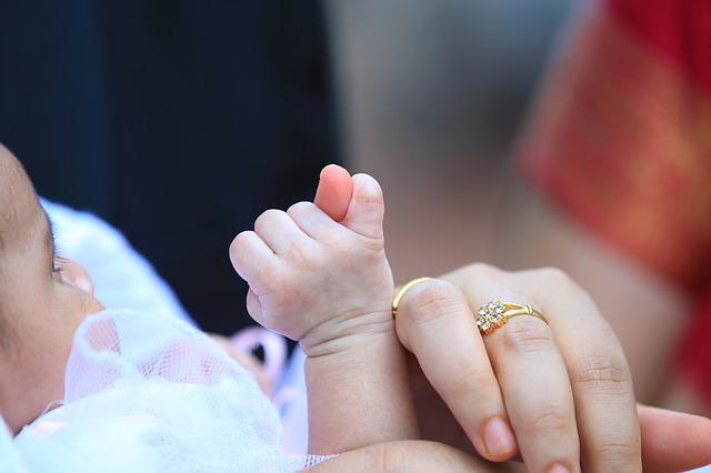 cara merawat bayi, cara merawat bayi baru lahir, perawatan bayi, perawatan bayi baru lahir, bayi baru lahir