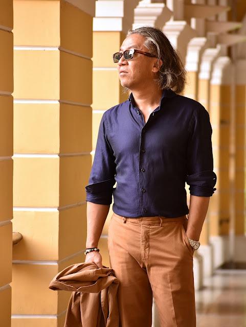 ネイビーシャツのスタイル