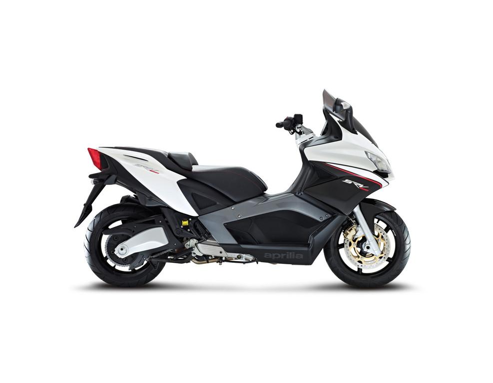 aprilia srv 850 aprilia offers the fastest scooters on the market garage car. Black Bedroom Furniture Sets. Home Design Ideas