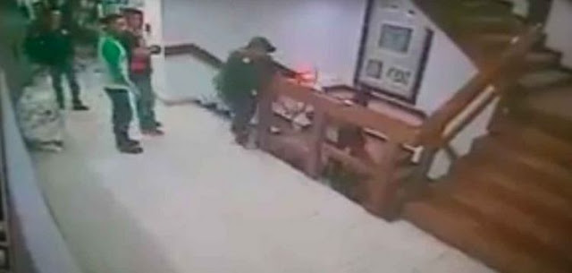 VIDEO, Secuestrador al que le gustaba descuartizar a sus victimas es detenido y se lanza al vacío en las escaleras de la SEIDO
