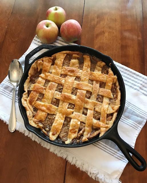 cast iron skillet apple pie recipe
