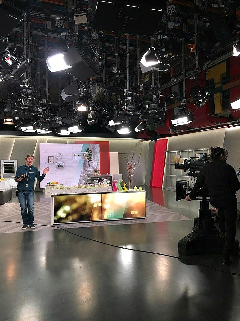 """WDR Sendung """"daheim+unterwegs"""", hinter den Kulissen, im WDR Studio, Frollein Pfau DIY Bloggerin Köln"""