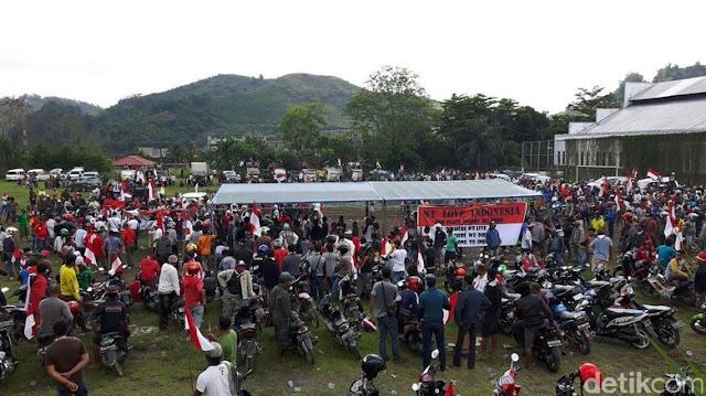 Ribuan Warga Papua Turun ke Jalan di Jayapura: Dukung NKRI!