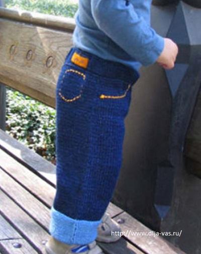 Штанишки джинсики спицами.