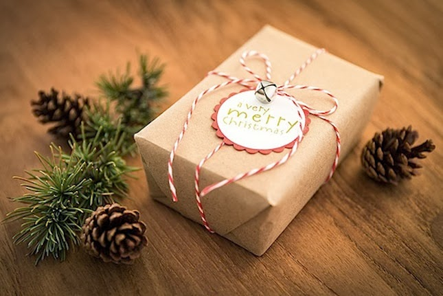 10 Last-Minute Gifts For Health Nuts