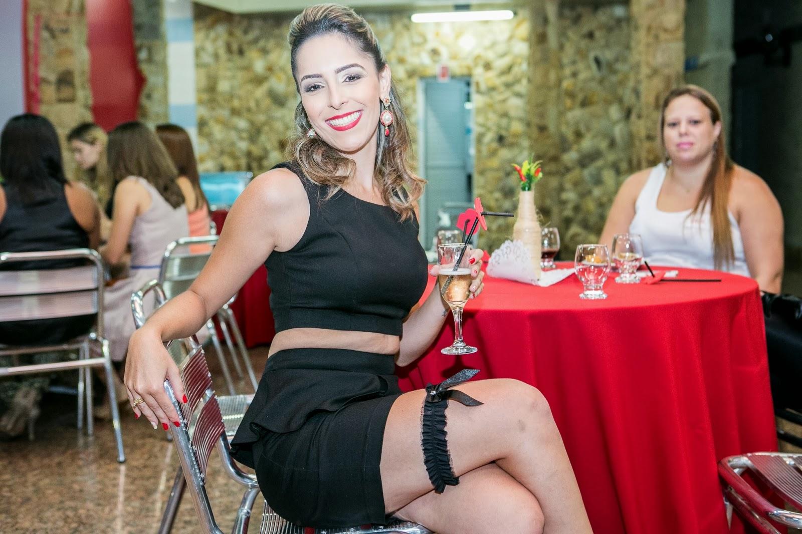 cha-lingerie-picante-tema-pimenta-noiva-1