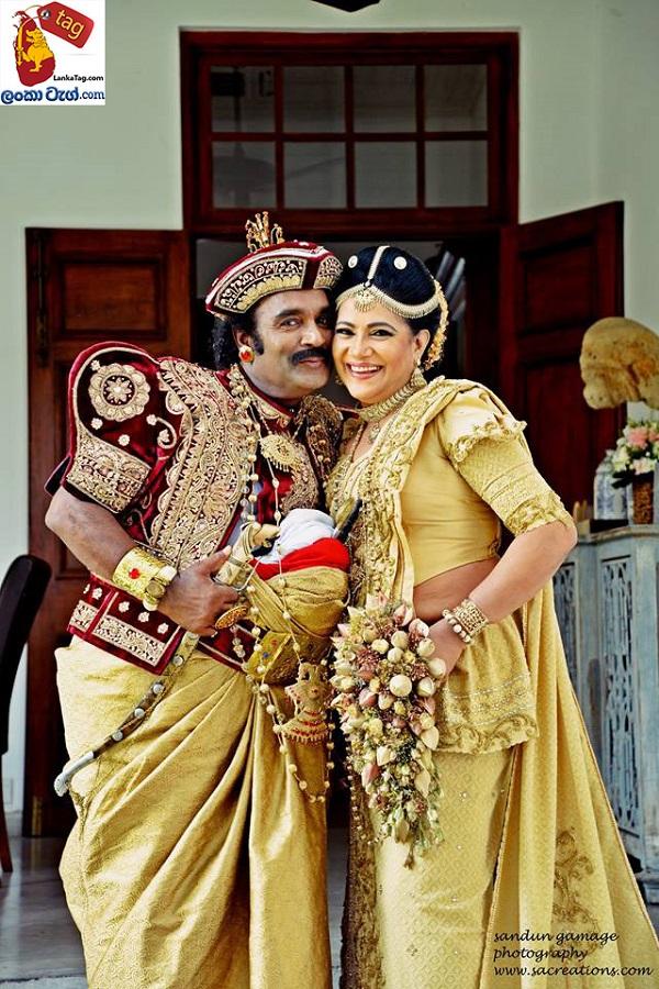 Sriyantha Mendis And Kusum Renu 30th Wedding Anniversary Photo Shoot 3