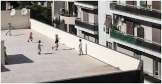 Ασύλληπτη τραγωδία τώρα: 13χρονος έπεσε από πολυκατοικία