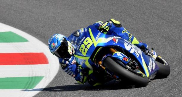 Hasil MotoGP Italia: Iannone Tercepat Pemanasan, Rossi P7