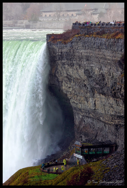 Journey Behind The Falls viewing platform at the Horseshoe Falls - Niagara Falls