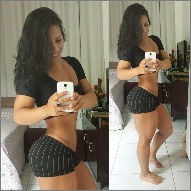 Fitness Model ROSANA OLLYVER Instagram photos
