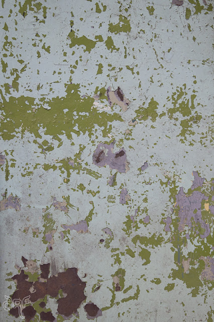 texture: green and lilac paint