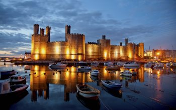 Wallpaper: Caernarfon Castle