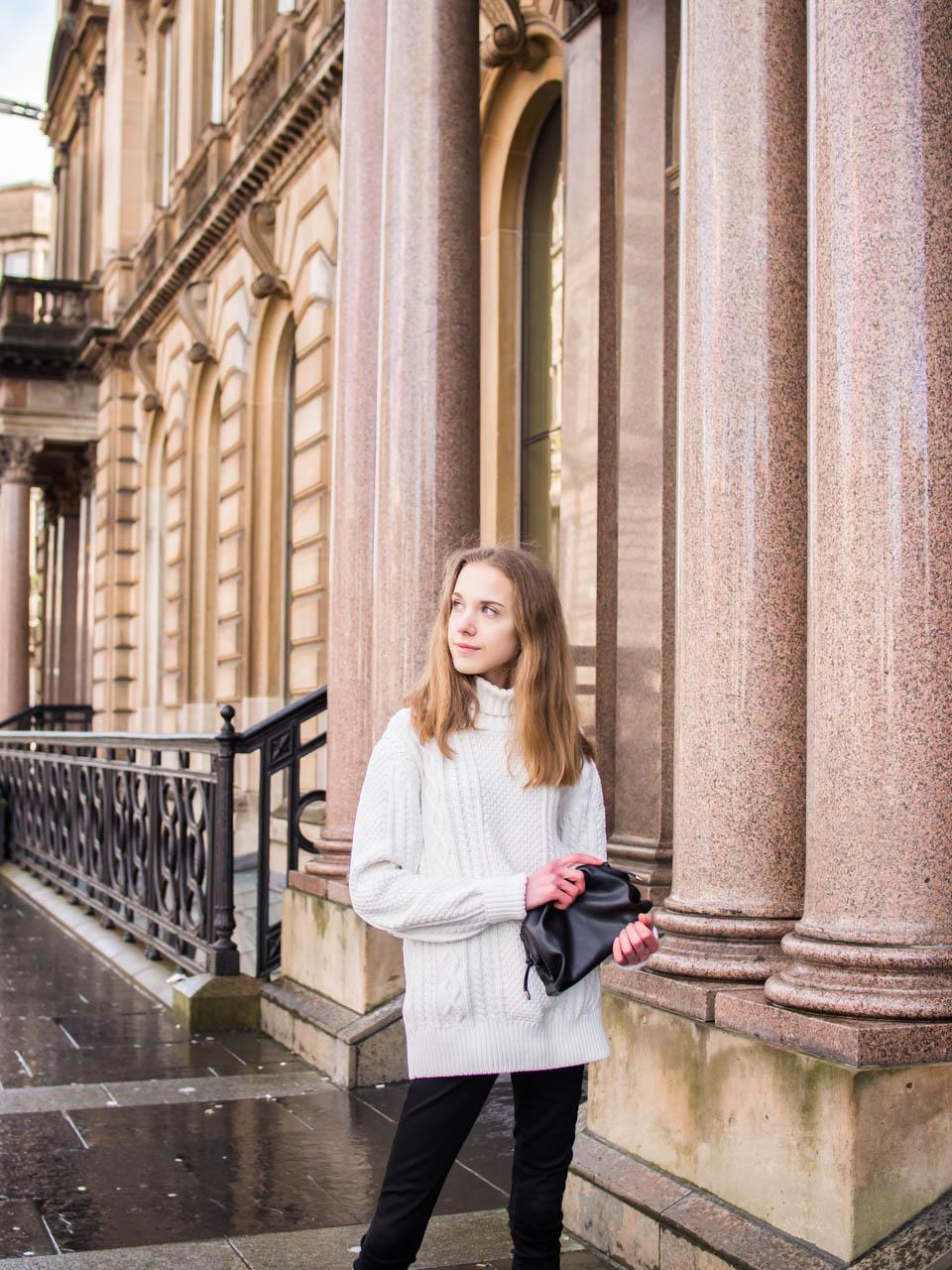 Minimal style fashion blogger outfit - Muotibloggaaja, asuinspiraatio, minimalistinen tyyli