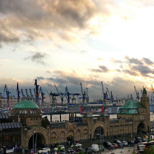 Hafen, Hamburg, Containerhafen, Meer, Kran, Kräne, Landungsstege, Hard rock cafe