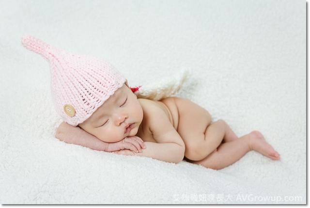 新生兒寫真-寶寶寫真-小幸福攝影-寶寶寫真服裝道具-板橋土城寶寶寫真-天使翅膀