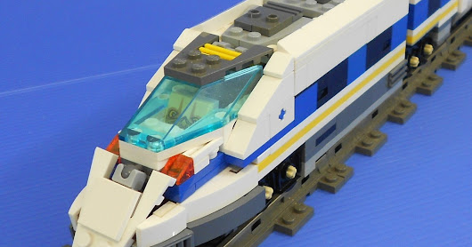 LEGO Triple Changer Railrazor Part 1 of 2: Bullet Train and Space Shuttle Mode