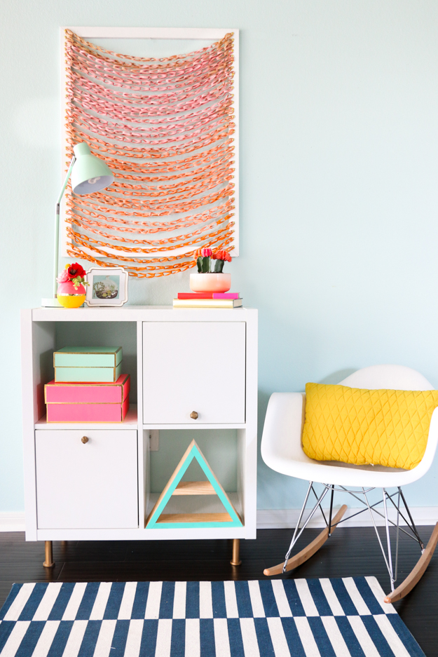 DIY faux woven wall art using rubber bands - how to make woven wall art - DIY art - back to school - office supplies - ombré - woven art - diy project - diy art project - fall home decor