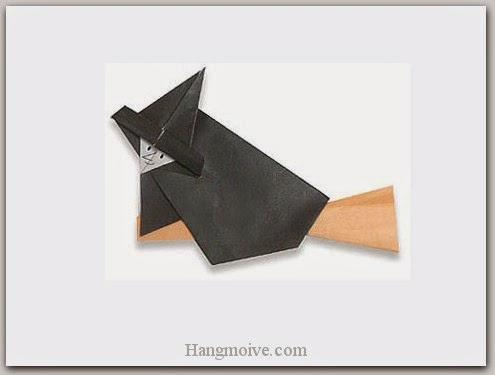 Cách gấp, xếp phù thuỷ cưỡi chổi Halloween bằng giấy origami - Video hướng dẫn xếp hình Halloween - How to fold a Witch