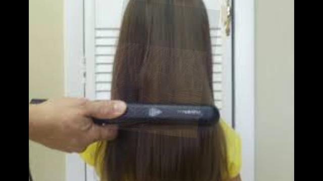 image of hair falling in women