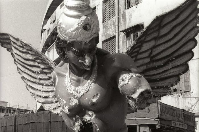 Mumbai, Bollywood, Anant Malvankar Road, © L. Gigout, 1991