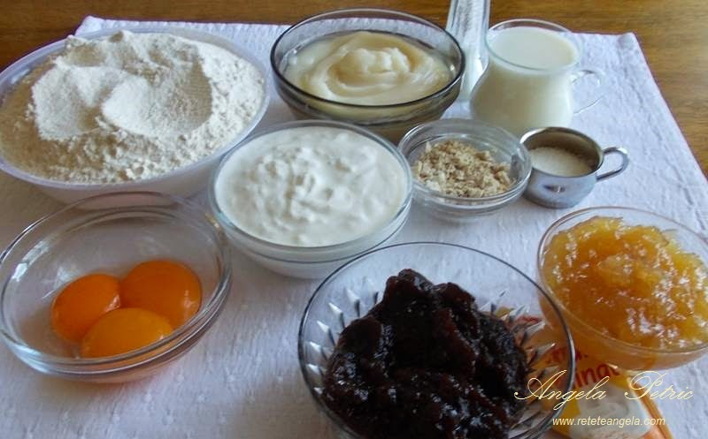 Preparare cornulete-ingrediente