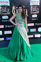 Manjusha in Beautiful Sleeveless Green Anarkali dress at IIFA Utsavam Awards 17.JPG