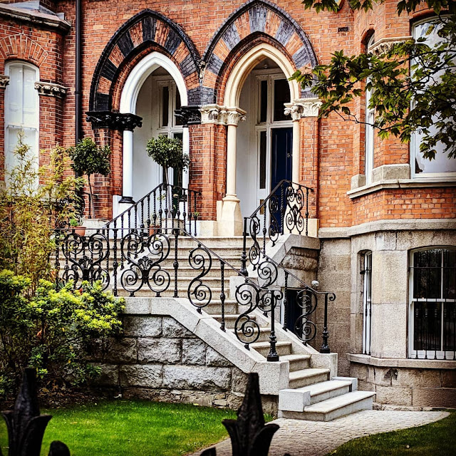 One Day in Dublin Itinerary: Victorian architecture on Northumberland Road in Ballsbridge