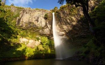 Wallpaper: 55 metres high. Waikato. Natural. Bridal Veil Fall