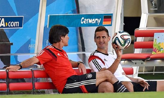 Klose luôn được HLV Low coi trọng.