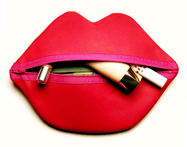 Makeup Bag ~Red Lips~ Tutorial