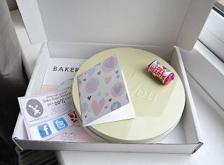 baker days letterbox gift cake, baker days valentines day cake, personalised valentines day cake