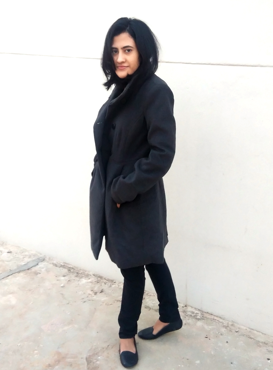 style blogger,indian style blogger ,monochromatic ,black outfit