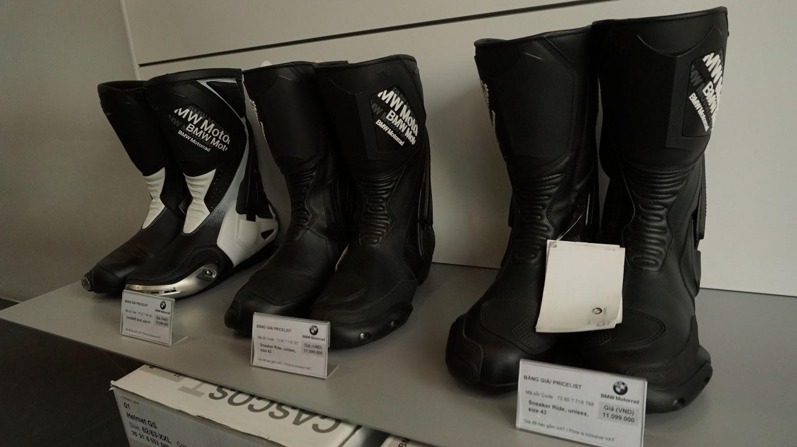 Những đôi giày bảo hộ giá hàng chục triệu đồng, đơn giản nhưng...đắt giá