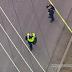 ニューヨーク、ロングアイランドでバットを持った狂気の男、警察が射殺