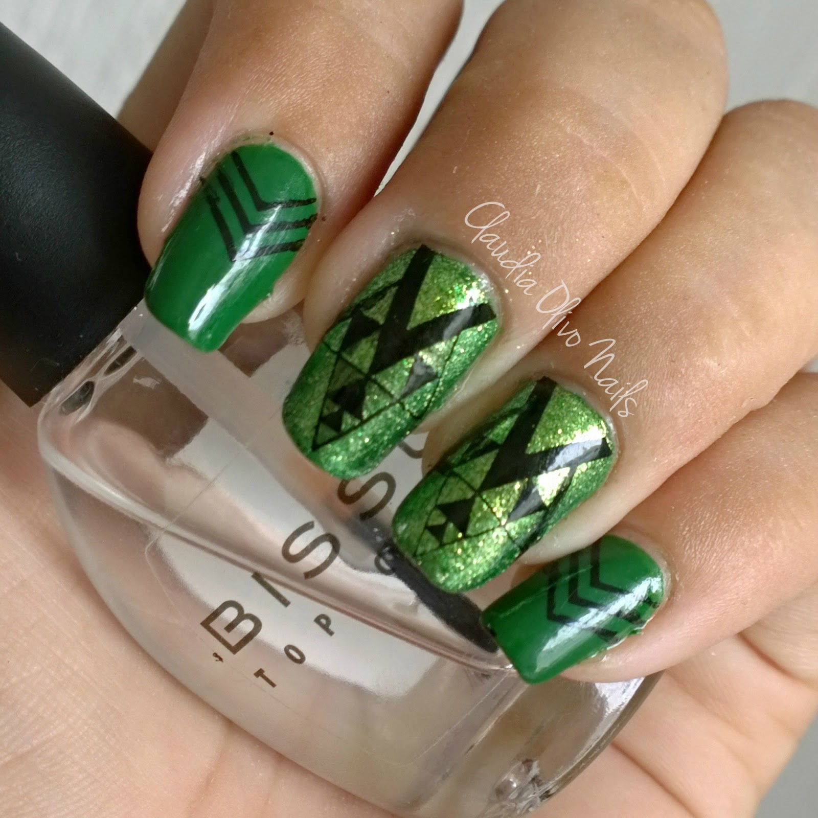 Claudia Olivo Nails: Manicura No. 92 Twin Nails con Diseños de Uñas ...