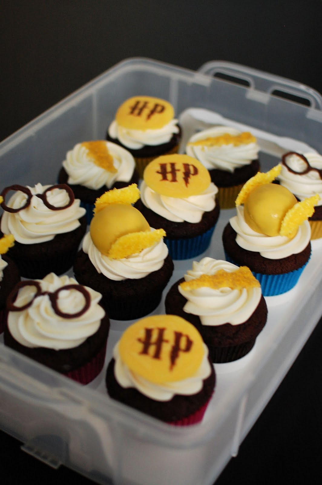 More Harry Potter Cupcakes Including Golden Snitch