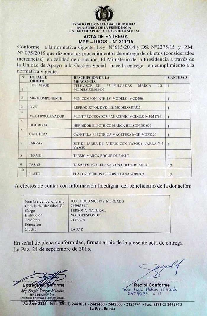 Hugo Moldiz recibio donativos que fueron incautados por la Aduana
