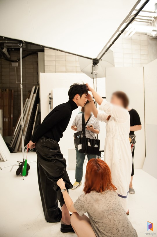 Splendid Politics Hwajung Seo Kang Joon Seo Kang Jun Hong Joo Won Photo shoot behind scenes enjoy korea Korean Dramas hui