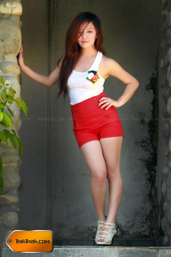 Nepali Models Saya Gurung-9781