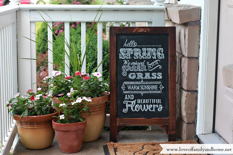 porch decorating ideas for spring/summer & Summer Porch Makeover u0026 Chalkboard Art - Love of Family u0026 Home
