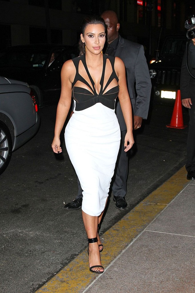 Kim Kardashian Grabs Attention In Cutaway Black And White