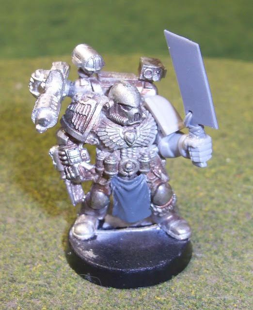 Chaos Space Marine Apothecary Conversion photo ChaosMarineApothecary01.jpg